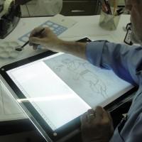 mesa de luz para desenho com pena